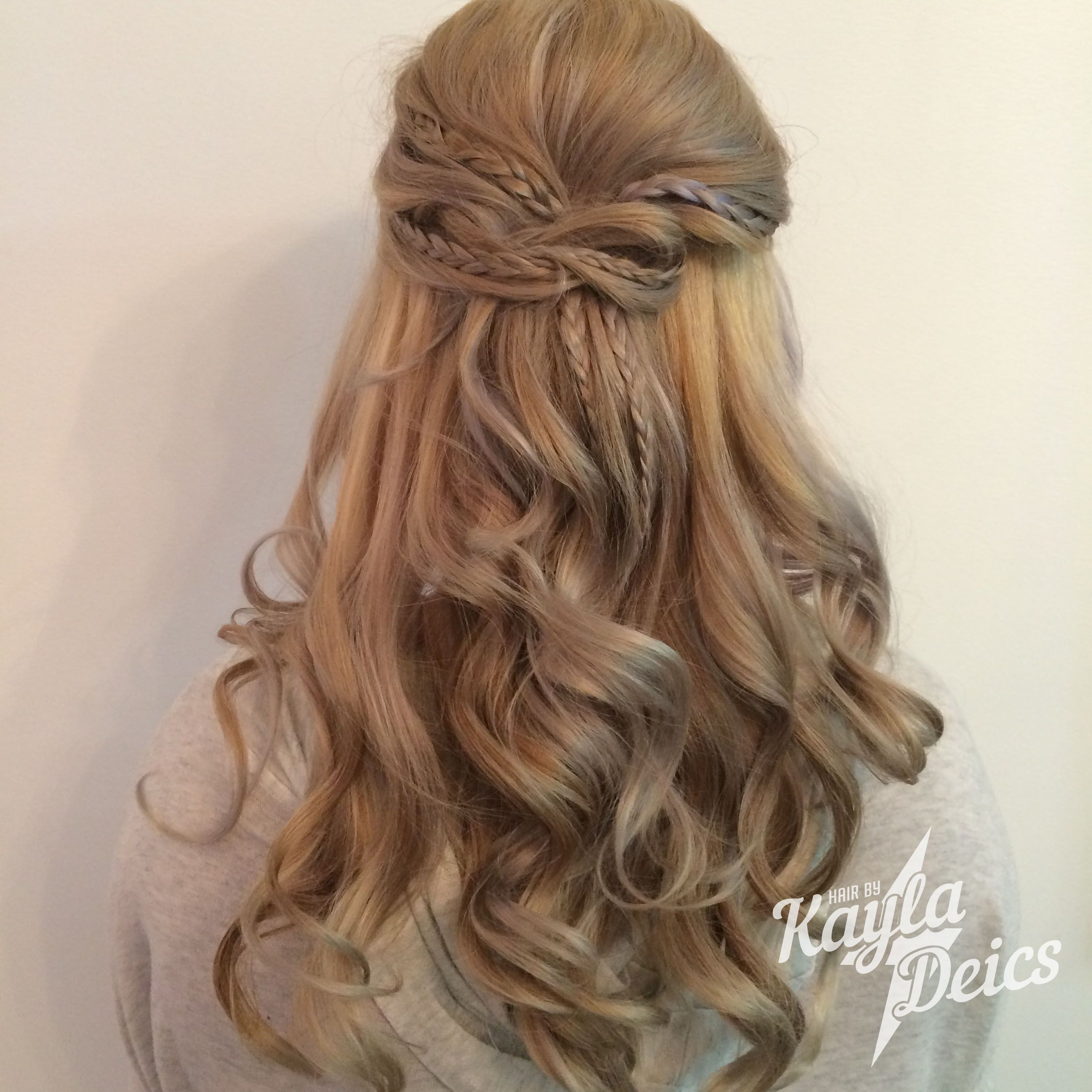 Hair By Kdeics Festival Up Style With A Dimensional Blonde Princess Hairstyles Hair Styles Hair