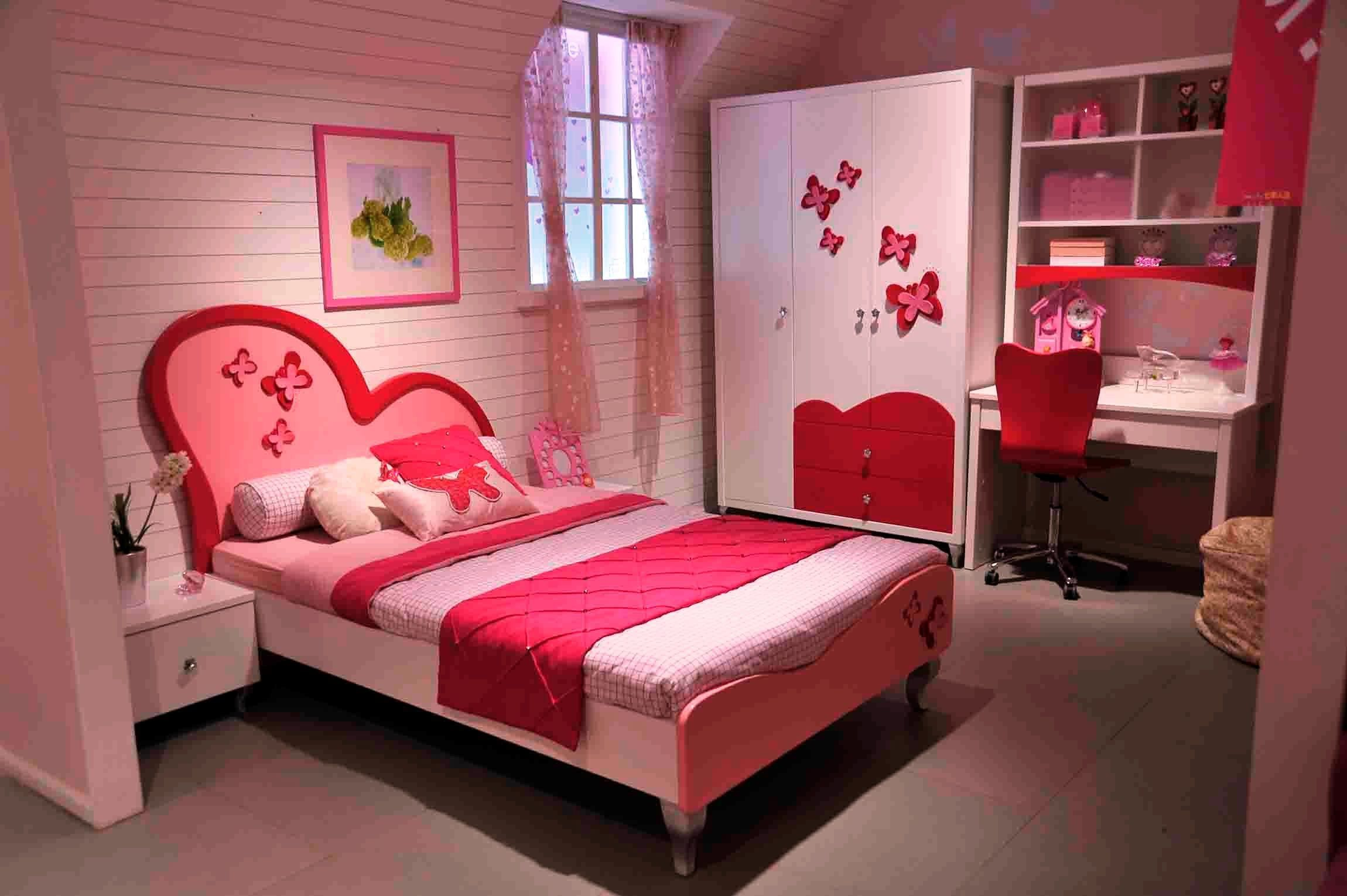 Pink stylish girl bedroom specially design by girl