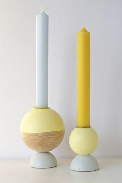 Handgefertigter Kerzenständer    Dip Dye Yellow    Holzkugeln als Basis  per Hand gebohrt, geschliffen und lackiert  gut verschraubt für sicheren Stan