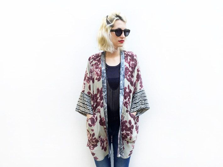 Floral Kimono Cardigan, Summer Cover up, Kimono Jacket, Boho Kimono, Bohemian Clothing par ALUMAhandmade sur Etsy https://www.etsy.com/fr/listing/237917104/floral-kimono-cardigan-summer-cover-up