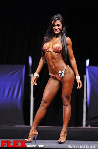 Latonas Professional Makeup: Gemmalyn Crosby - Bikini - IFBB Prague Pro