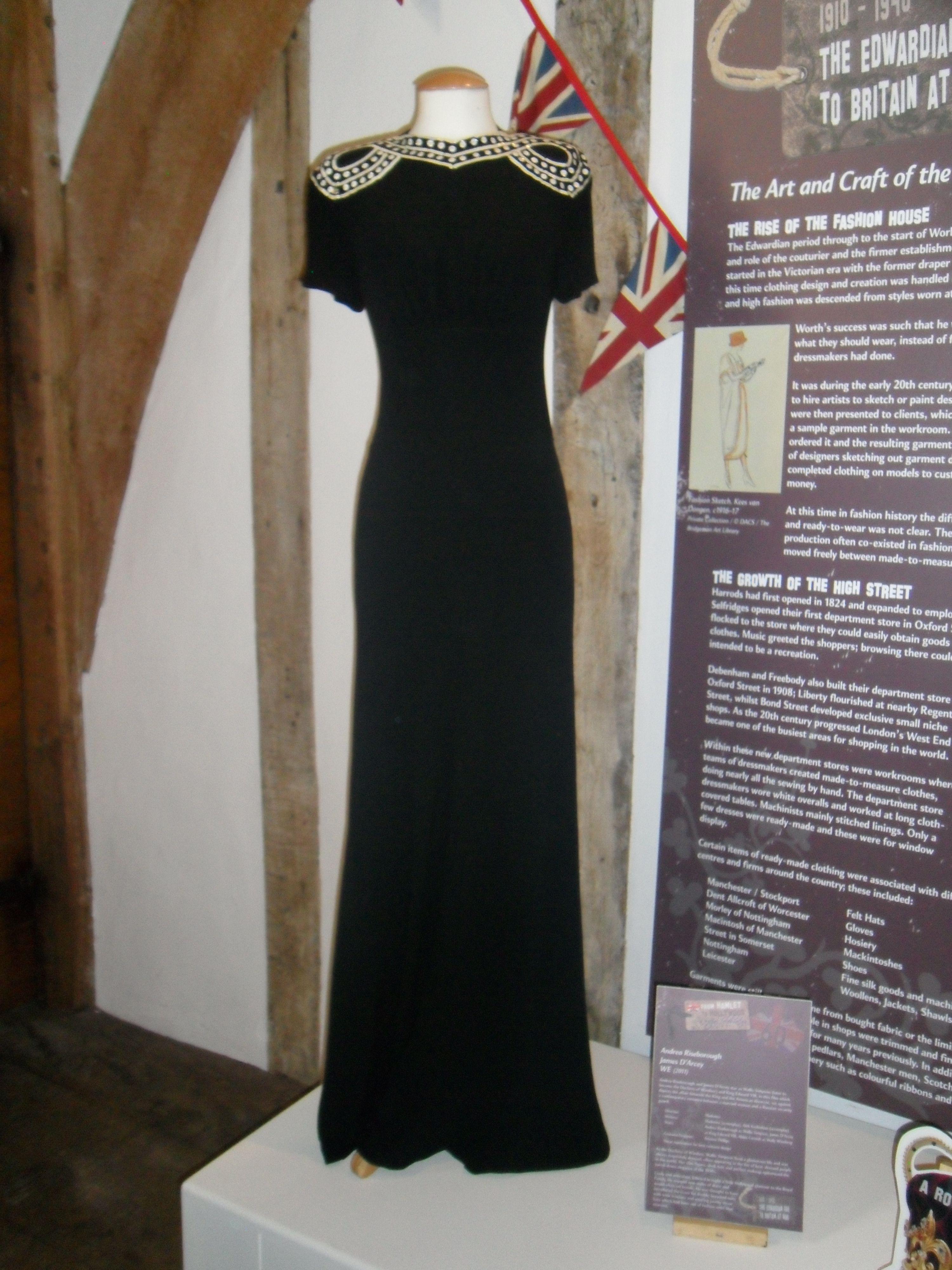 Wallis simpson wedding dress  Pin by Vassiliki Tomaras on us Fashion  Pinterest  Edward viii