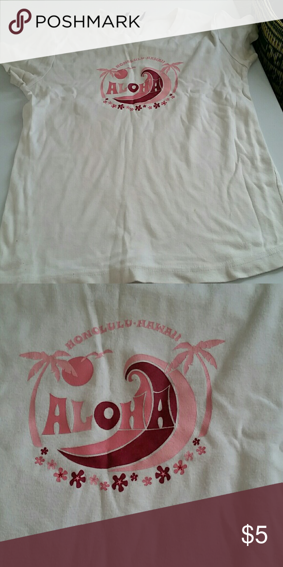 White T-shirt Good condition Open End Tops Tees - Short Sleeve