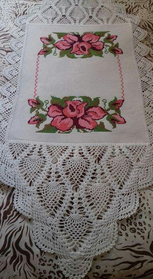 Toalha bufandas pinterest bordado ganchillo y mesas - Manteles de mesa bordados ...