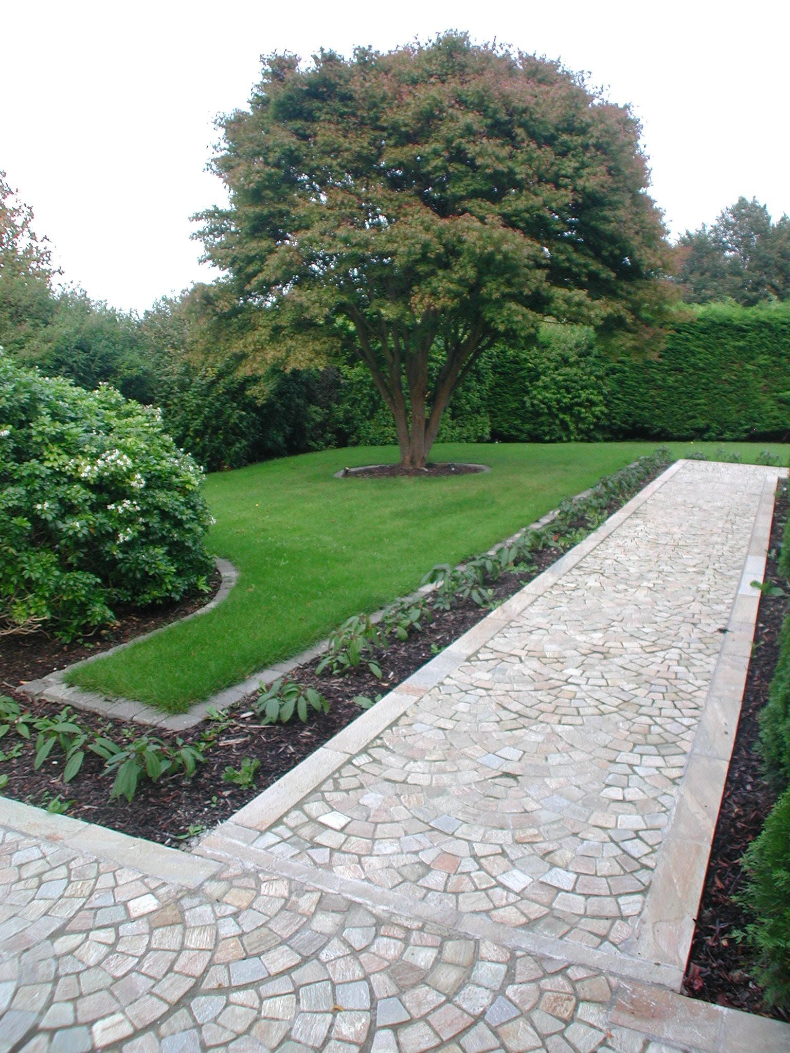 Inexpensive Garden Path Ideas U003eu003eu003e Want To Know More, Click On The Image