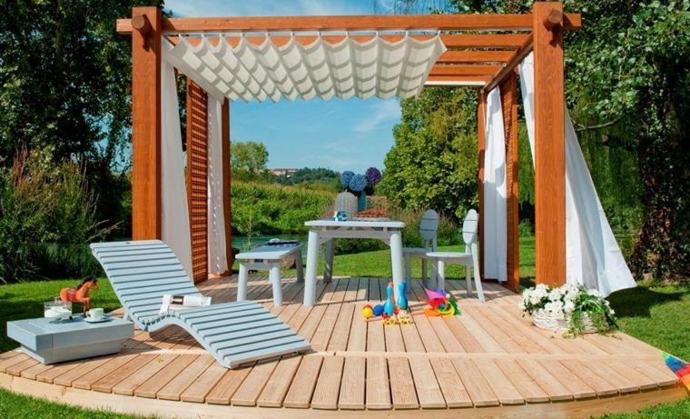 comment construire une pergola en bois pour d corer sa terrasse balcon. Black Bedroom Furniture Sets. Home Design Ideas
