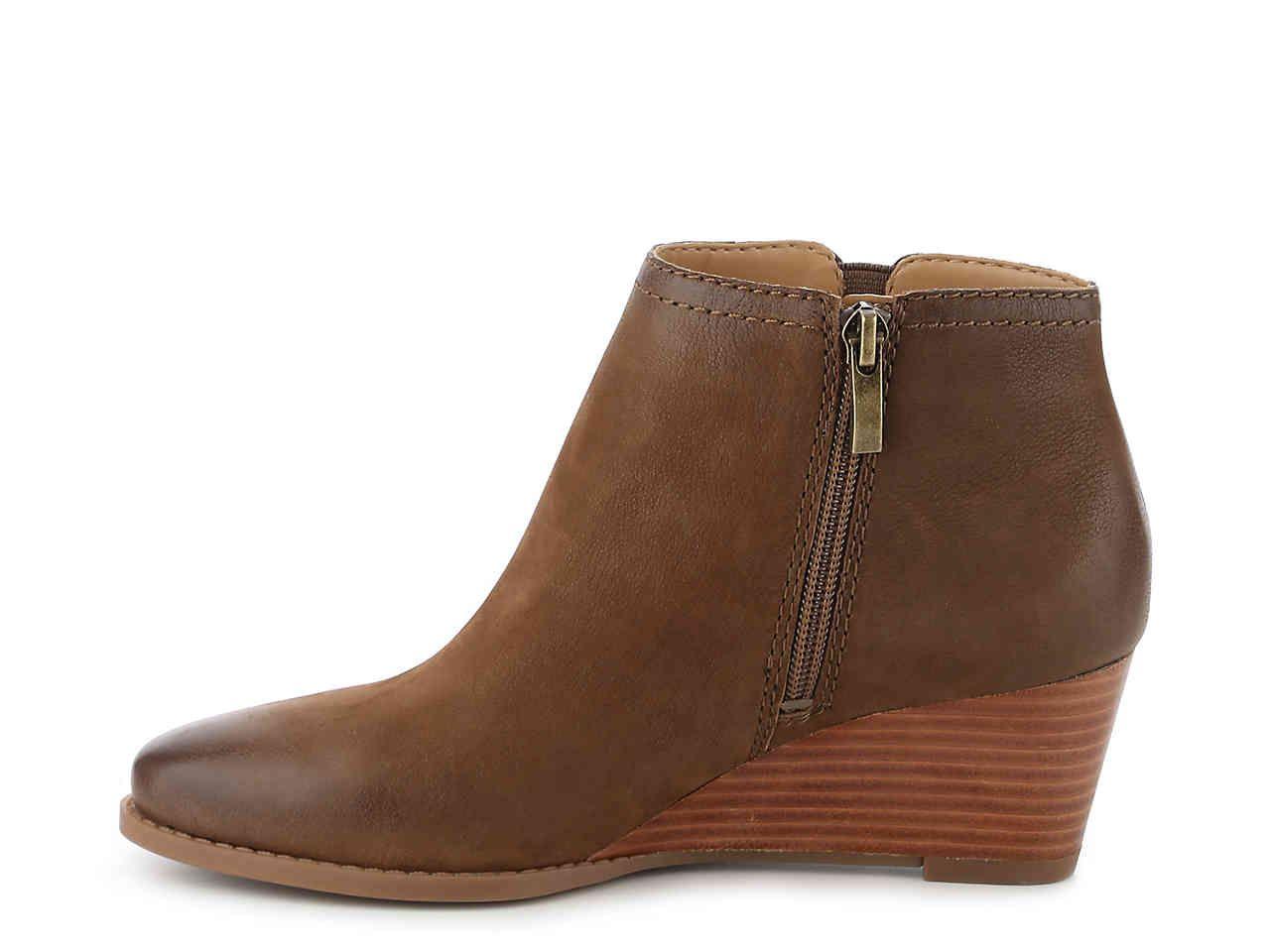 Fashion week Brown Dark wedge booties for lady
