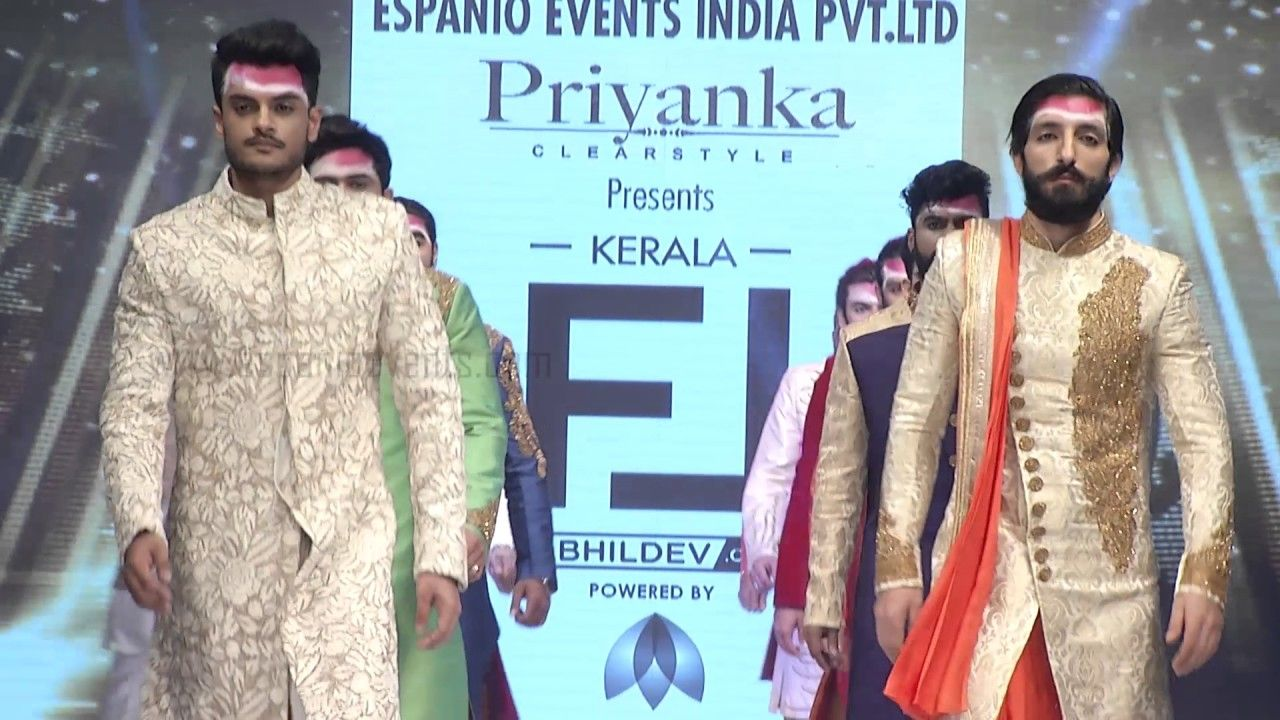 Kerala fashion league season red carpet designer santhosh