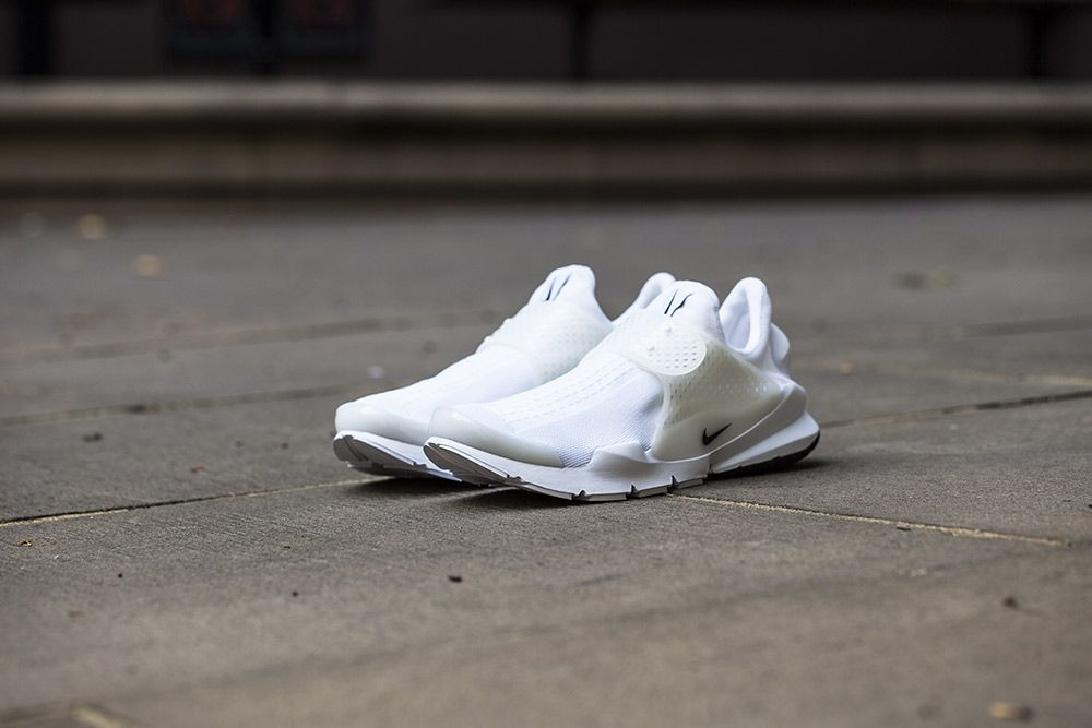 official photos 703a7 7a1fa Release Date and Where to buy Nike Sock Dart SP
