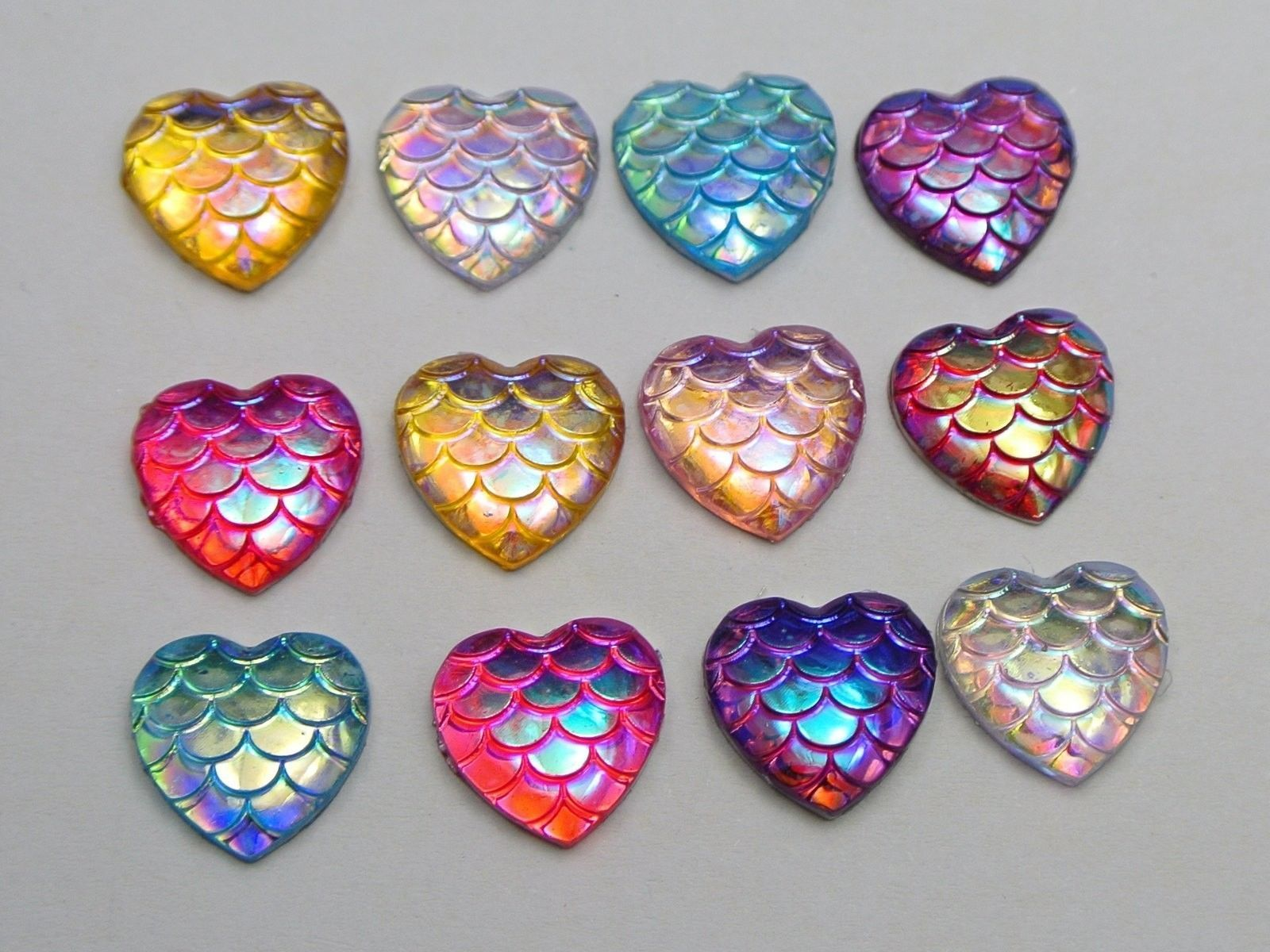 500 Mixed Colour AB Flatback Resin Fish Scale Pattern Round Cabochon 12mm
