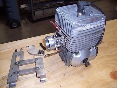 Vintage-Yamaha-KT100-2-Cycle-Kart-Racing-Engine-787-Casting