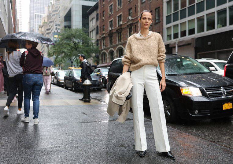 Phil Oh S Best Street Style Photos From New York Fashion Week Spring 2019 Phil Oh Is Shooting The Best Looks Ou Street Style Trends Model Street Style Fashion