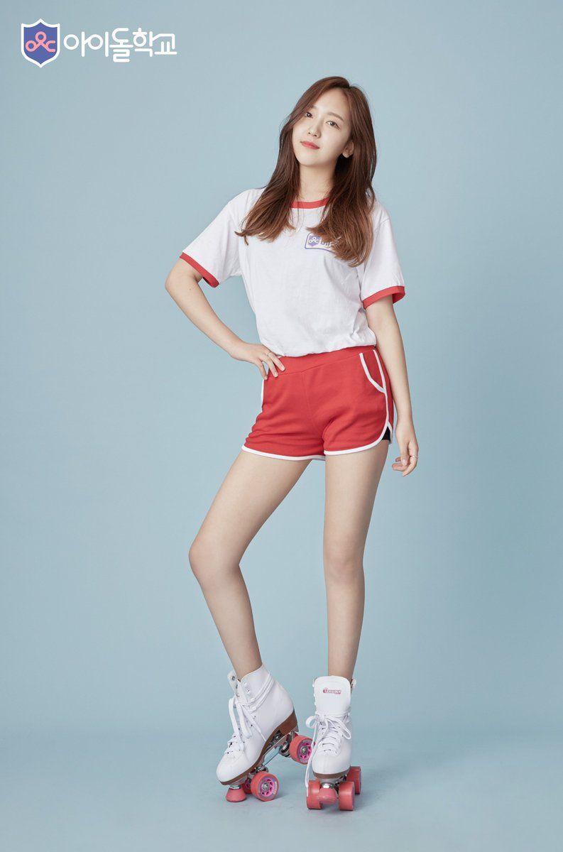 Quân đoàn mỹ nam mỹ nữ Kpop đổ bộ: Hyuna bỗng xinh bật lên
