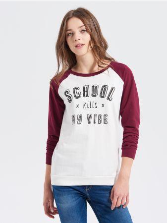 SINSAY - Bluza z raglanowym rękawem <br><br>Wzrost modelki: 176 cm<br>Modelka ze zdjęcia ma na sobie rozmiar XS