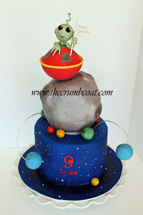 Adorable Spacealien Cake Awesome Cakes And Cupcakes Pinterest