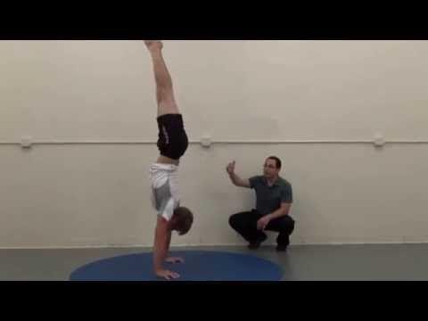 handstand tutorial how to handstands progessions tip  1