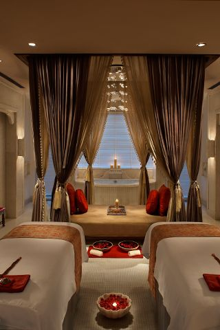 India S Top Hotel Spas Spa Room Decor Massage Room Design Spa Rooms