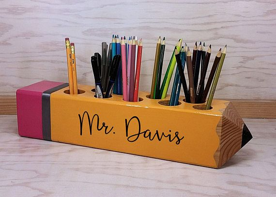 Teacher Sign, Teacher Appreciation Gift, Personalized Gift, Teacher Pencil Sign, Decor, Classroom Decoration, organizer, Teacher Gift #teachergifts