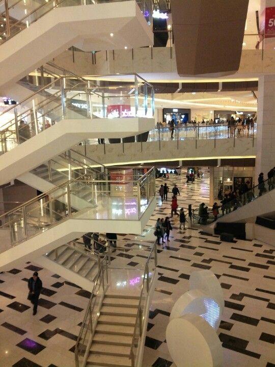 IFC 서울 (IFC Seoul Mall)