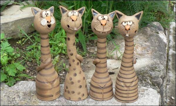 R ucherkatzen tonfiguren pinterest pottery clay and pottery ideas - Keramik katzen fur garten ...