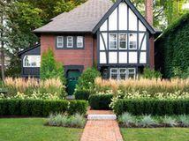 Short Enough To Step Over High Enough To Be A Stretch Check Out These Radically Different Hedg Grasses Landscaping Evergreen Landscape Boxwood Landscaping