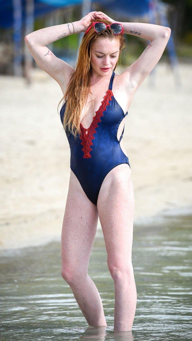 Michael Lohan:Look At Lindsay Lohan's Naked Boobs Bleurgh, No!' naked (36 photos), Ass Celebrity images