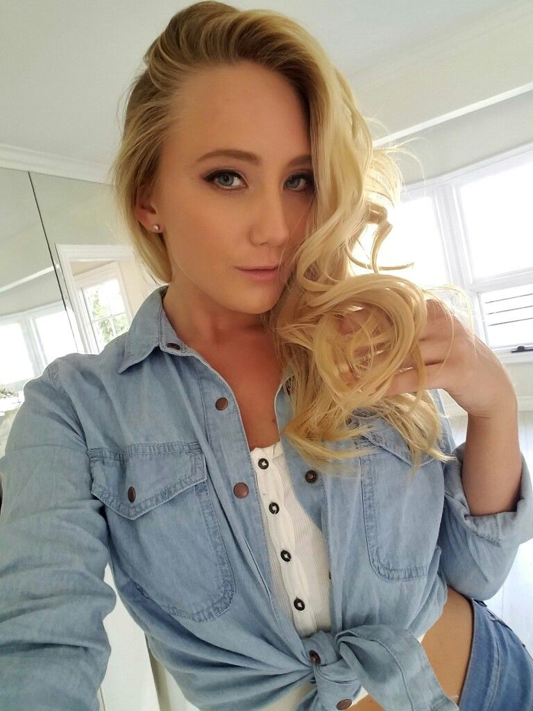 Aj Applegate Nude Photos 22