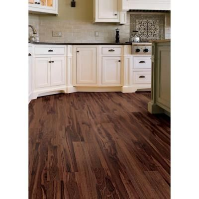 Hampton Bay High Gloss Hawaiian Koa Cherry 8 Mm Thick X 5 1 2 In Wide X 47 7 8 In Length Laminate Flooring 14 63 Laminate Flooring Flooring Bamboo Flooring