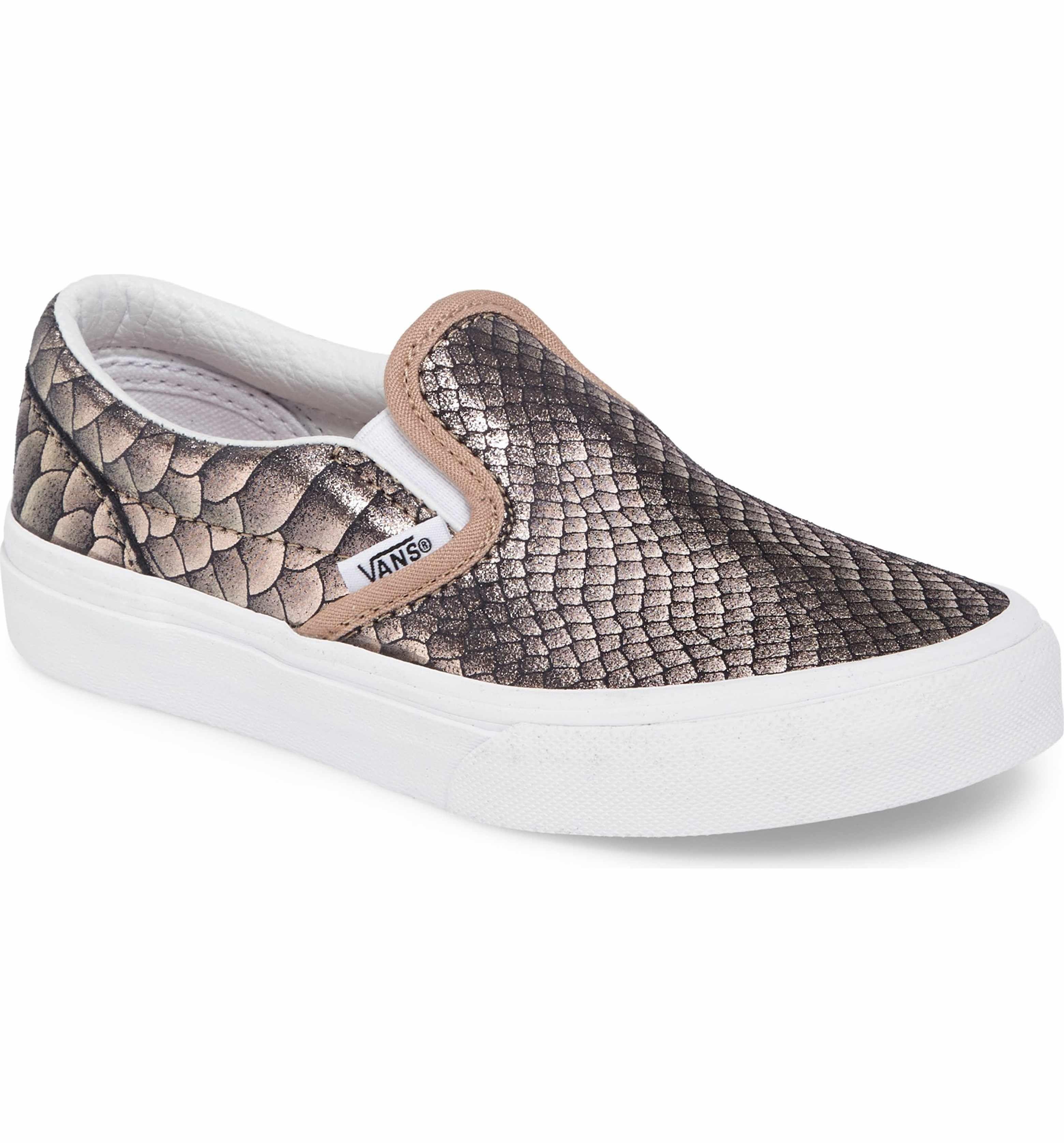 57886a92b403af Main Image - Vans Classic Slip-On Sneaker (Baby