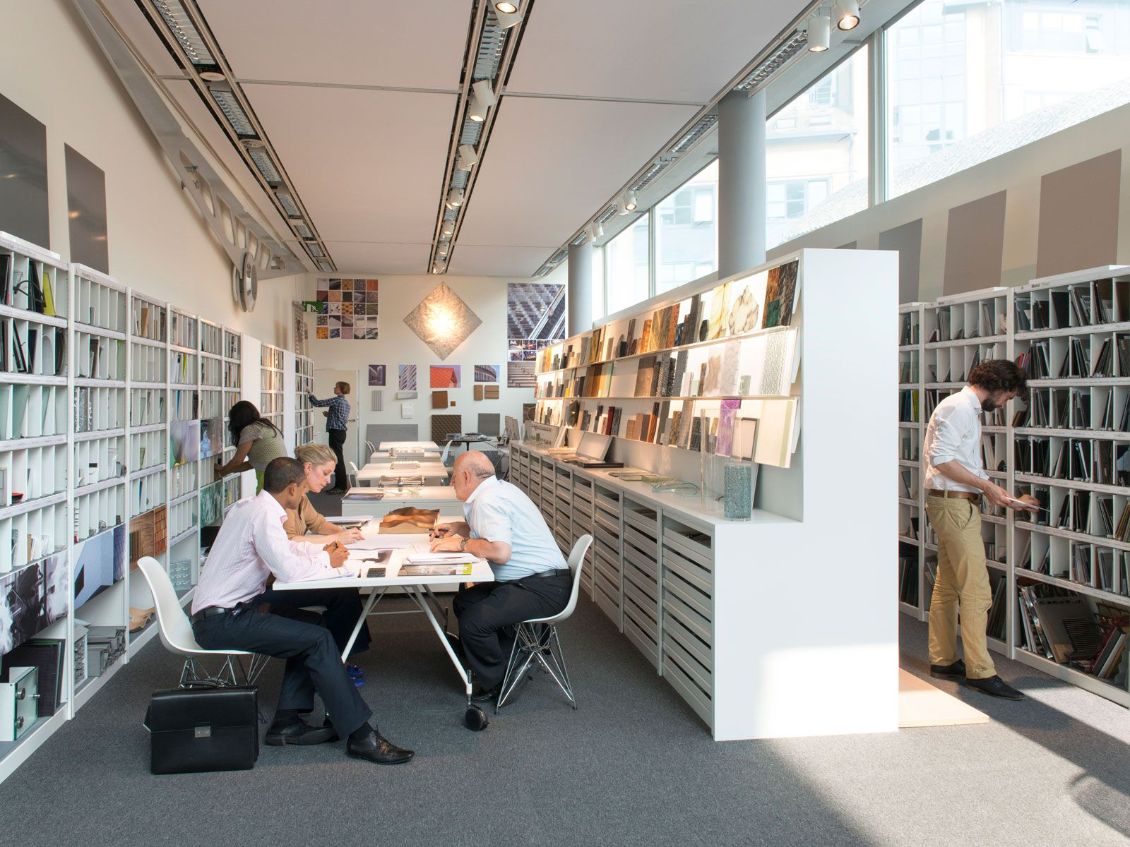 Foster Partners London Hq Office Furniture Design