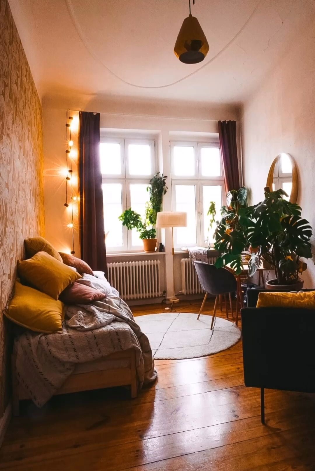 Life at the space limit - Fridlaa's first own apartment in Berlin -  Space-saving options for your first own apartment  - #Apartment #Berlin #easyHomeDecor #Fridlaa39s #HomeDecorhabitacion #HomeDecorindustrial #HomeDecorvideos #indianHomeDecor #Life #limit #neutralHomeDecor #retroHomeDecor #space