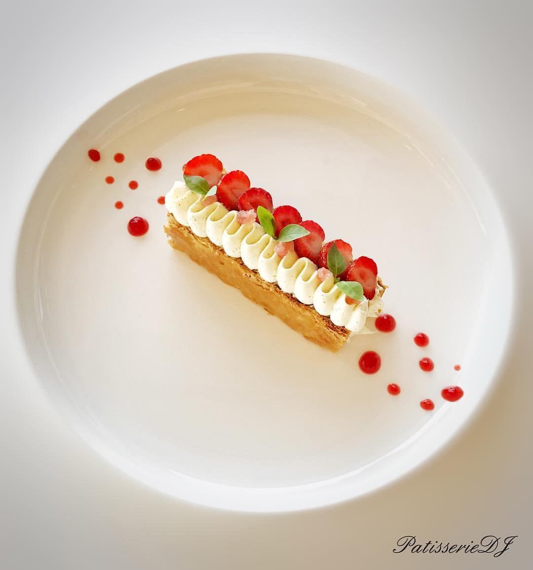 1 305 Mentions J Aime 11 Commentaires Julien Dugourd Julien Dugourd Sur Instagram Dessert Gastronomique Presentation Dessert Plat Gastronomique