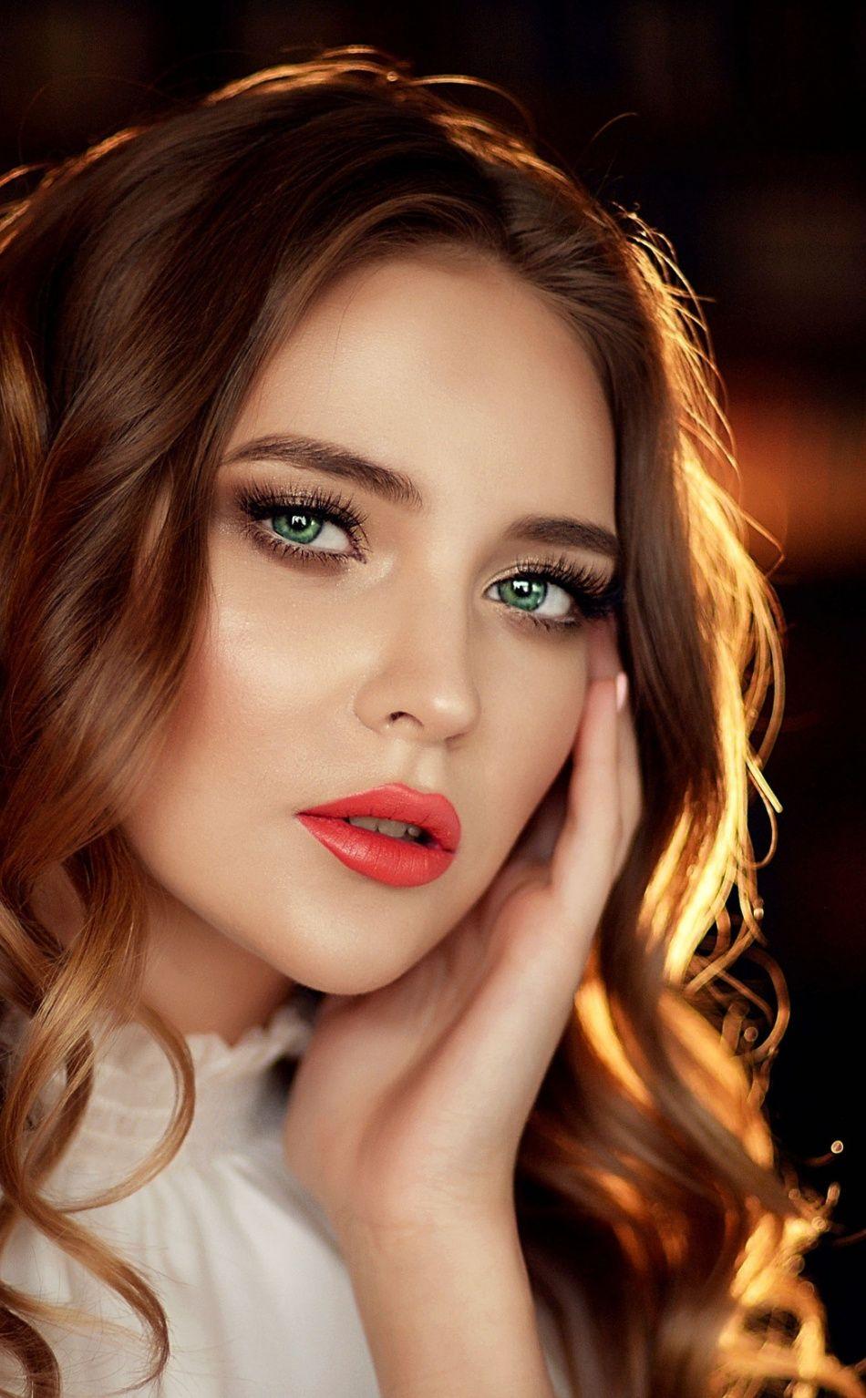 Green Eyes Woman Model Red Lips Portrait 950x1534 Wallpaper Beautiful Hair Color Gorgeous Eyes Beauty Girl