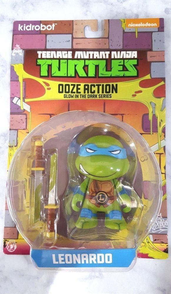 Teenage Mutant Ninja Turtles Ooze Action Glow In The Dark Series Leonardo Action Figure
