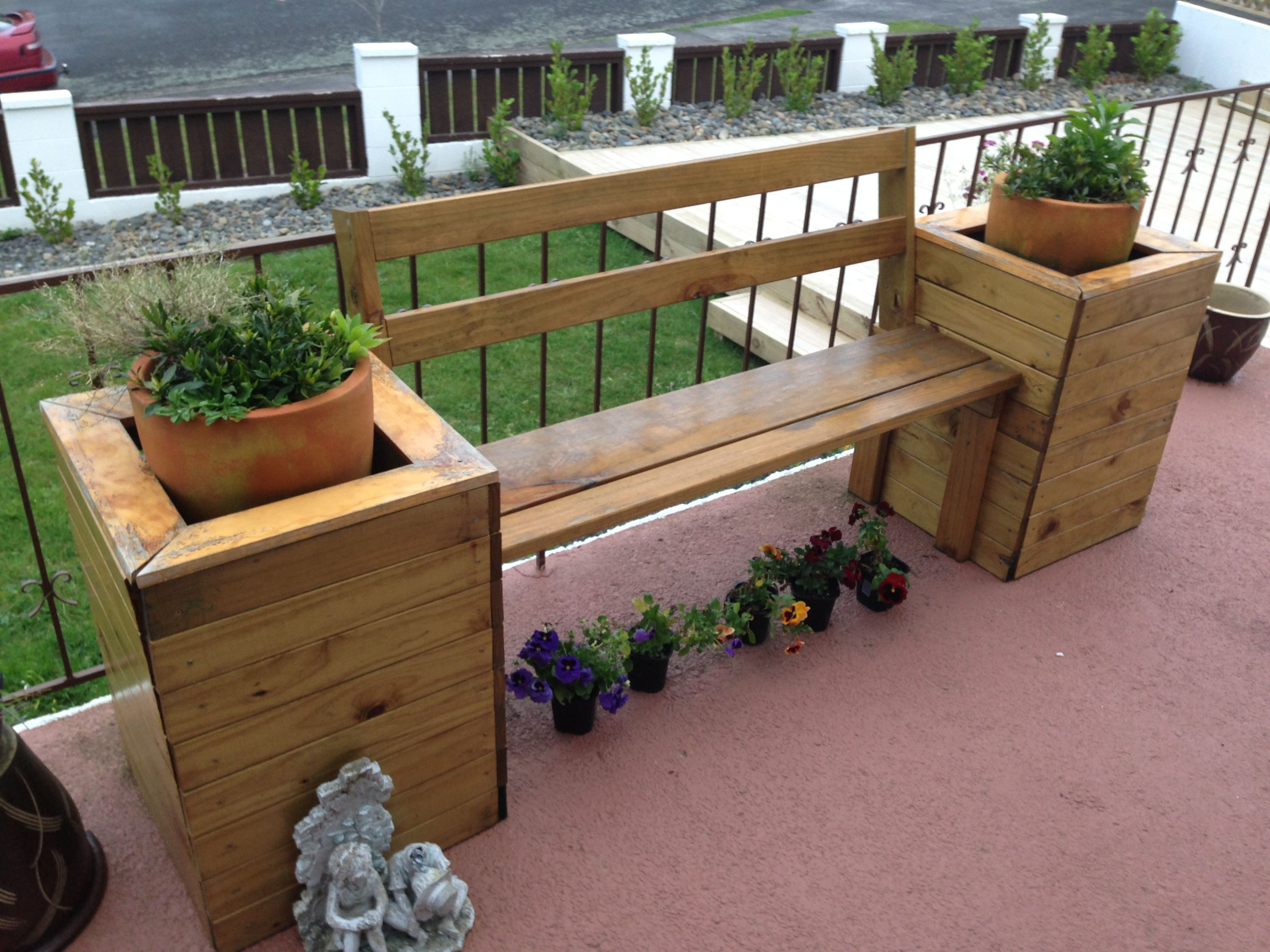 Planter Box Bench Seat For My Mum Dad Xmas 2012 Pressie Planter Boxes Backyard Patio Designs Planters