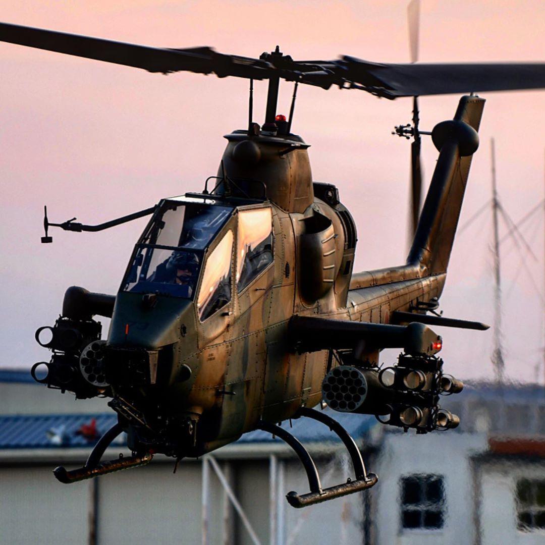 US Marine Corps USMC CH-46E Sea Knight helicopter 12X18 Photograph