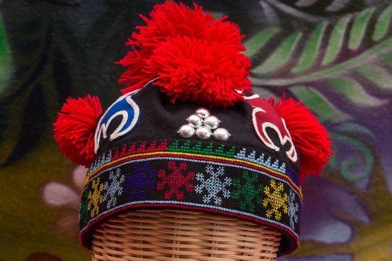 Pin On Iu Mienh Congx Congx Nyei Jauv Domh Biangh Cong Iu Mienh Embroidery From Laos Thailand