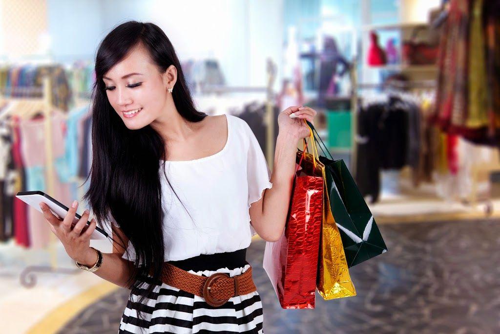 Einkaufen – Wir gehen ins Lebensmittelgeschäfteinkaufen und bezahlen für: Mehl,Zucker,Salz,M...