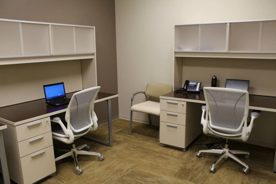 Oak Street Health (Chicago, IL) Aurora Side/guest Seating In Shared Office