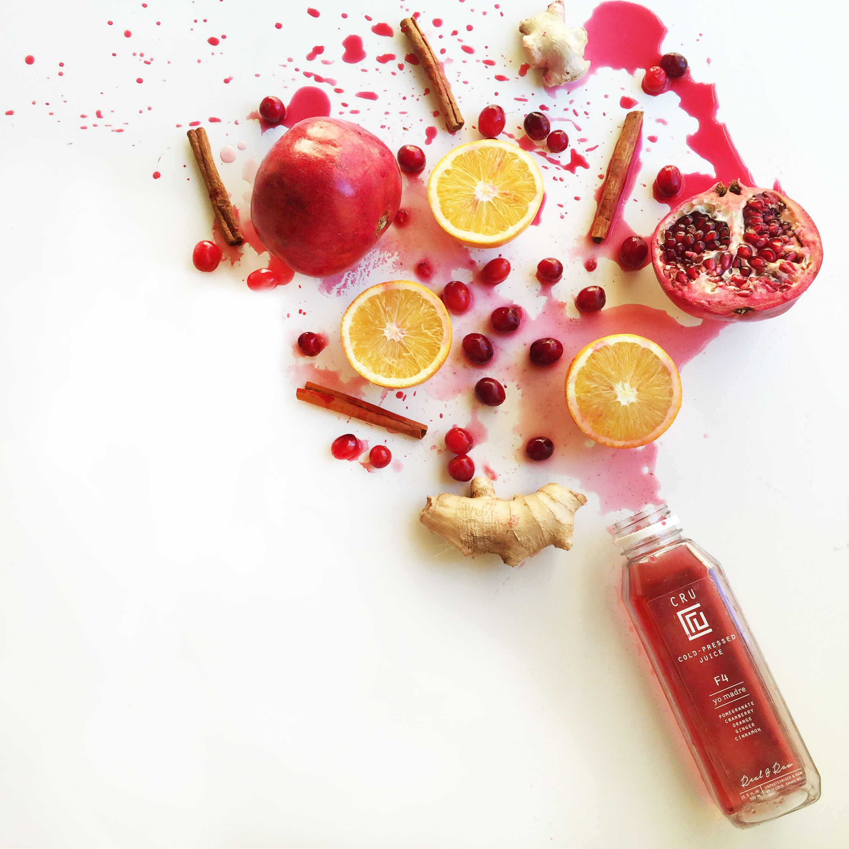 #coldpressedjuice #healthydrinks #pressedjuice #healthyeating #pomegranate #orange #juice