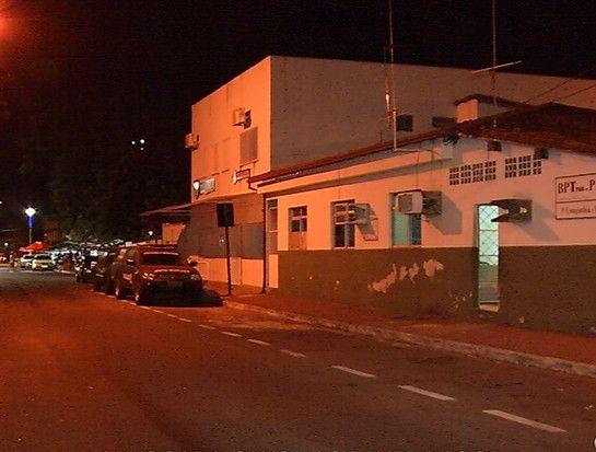 Funcionária pública é presa com sinais de embriaguez após acidente em Vitória +http://brml.co/1yinOwk