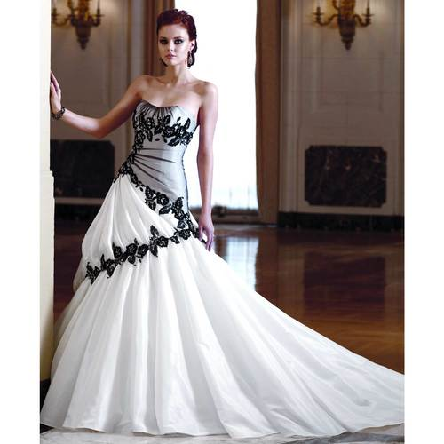 Two Tone black and white Color Wedding Dress with Black Lace Decoration
