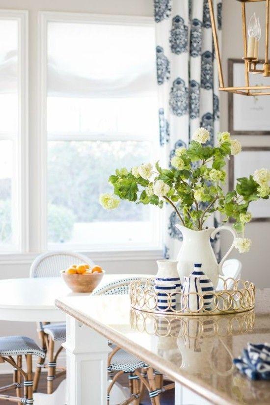 Frühlingsdeko Schöne Pastellfarben Stilvoll Gemeistert Blumen Vase  Natürlichkeit Ausstrahlen