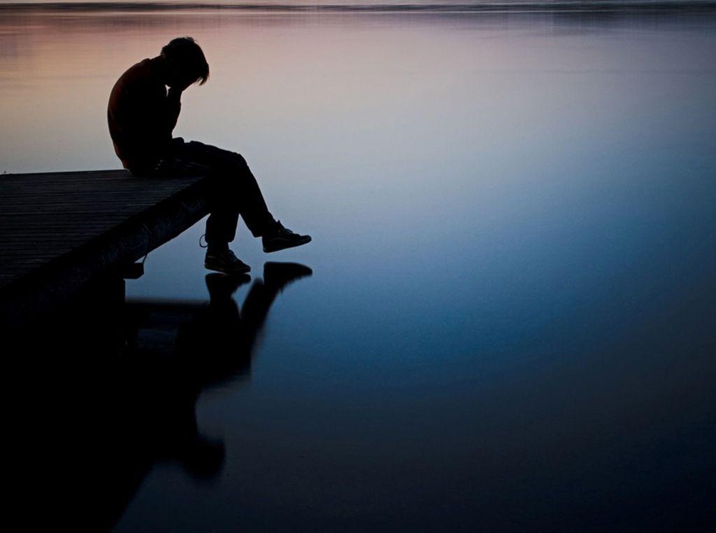 Pin On Sad Images Photo Pics Download Sad man wallpaper hd download
