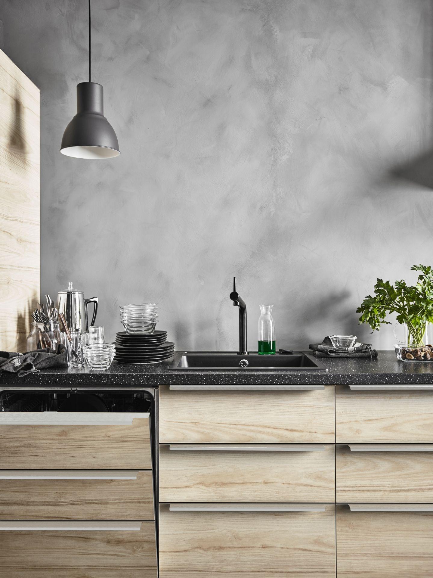 askersund ladefront licht essenpatroon essen kitchens catalog and modern. Black Bedroom Furniture Sets. Home Design Ideas