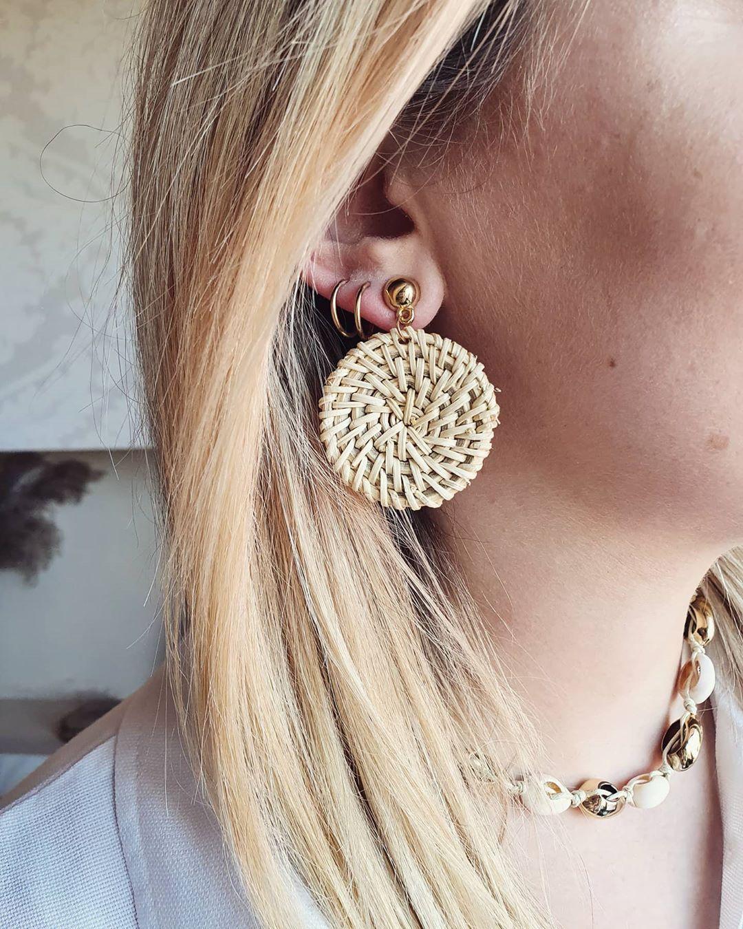 W klimacie boho 🧡🧡🧡🧡🧡 #kolczyki #biżuteriazestali #bizuteria #jewelrystore #jewelry #jewellery #fashionstyle #fashionjewelry #fashion #bohostyle #wiosna #modnakobieta #stylish #style #stylizacja #skleponline #sklepinternetowy #zakupy #zakupyonline #prezent #dlaniej #instagood #instaphoto #musthave #fellowme #luxury #weekend #photooftheday #poland #polishgirl