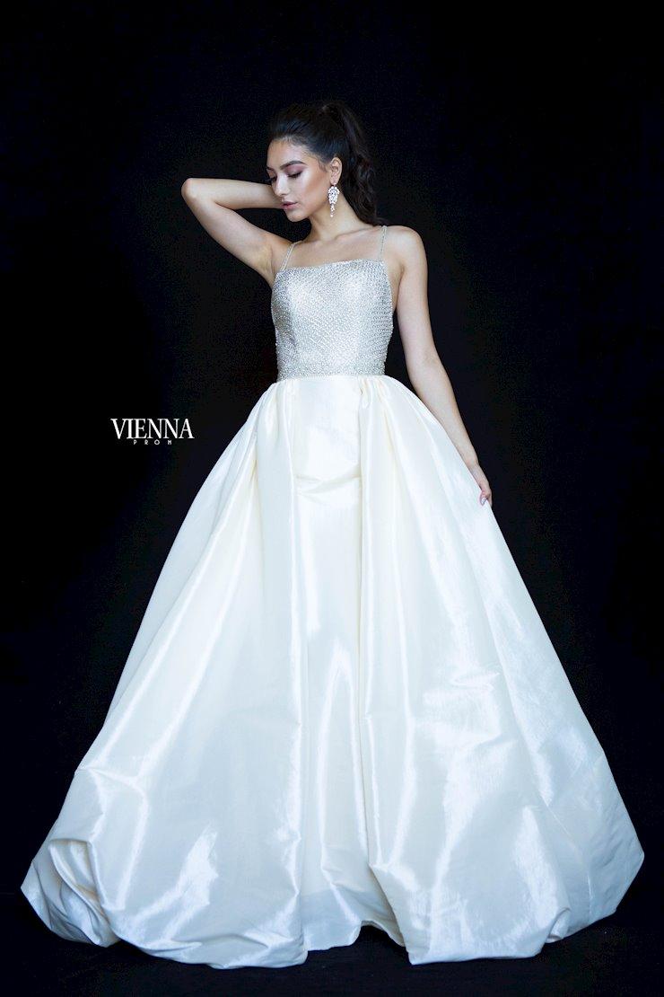 Vienna Prom Dress 9984 Henri S Dresses Prom Dresses Prom Style [ 1110 x 740 Pixel ]