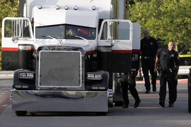 san antonio 8 found dead inside suspected human trafficking truck