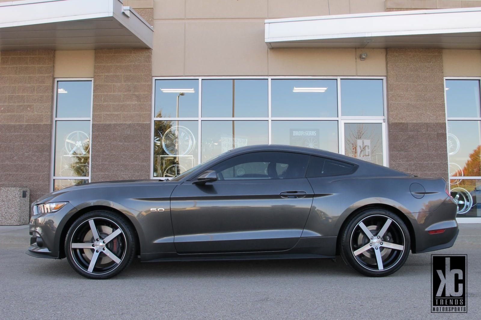 Rovos Durban Brushed Black Wheels In 20x8 5 20x10 0 Mounted With Toyo Proxes 4 Plus Tires Kc Trends Window Tint And Black Wheels 2015 Mustang Gt 2015 Mustang
