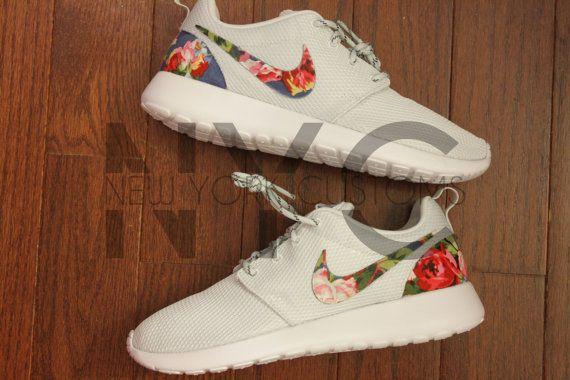 Nike Roshe Run Print Black Flower Pattern White Tick :